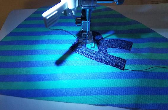 coser aplicaciones tela letras